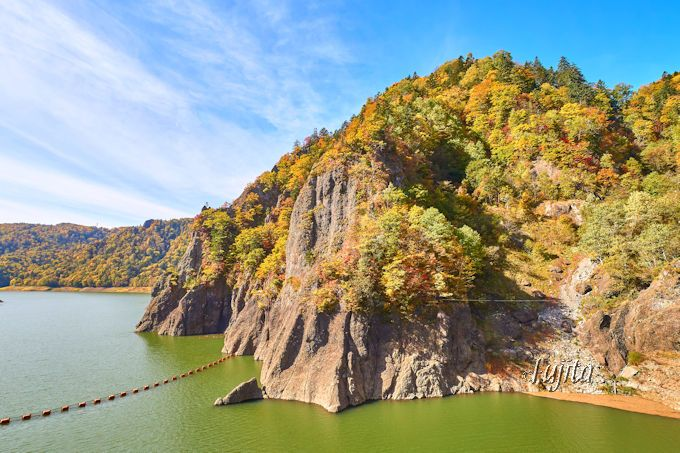 豊平峡ダムの上も紅葉が美しい!第2位