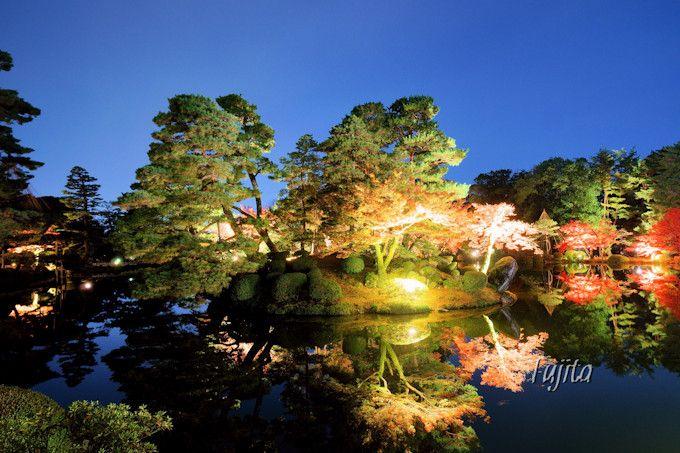兼六園の紅葉ライトアップは霞ヶ池がおすすめ!