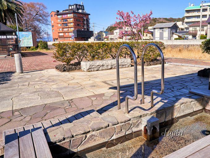土肥桜まつりのメイン会場!松原公園には土肥温泉の足湯も