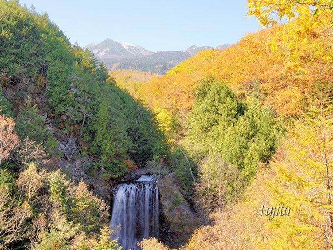 「鈴蘭橋」から乗鞍岳の紅葉を一望!