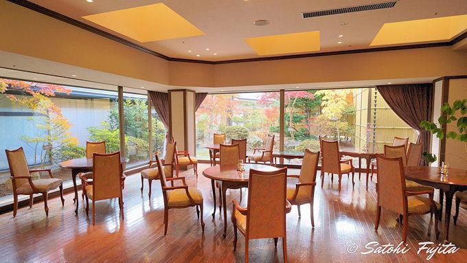 岩沼屋は秋保温泉の中心にある老舗旅館