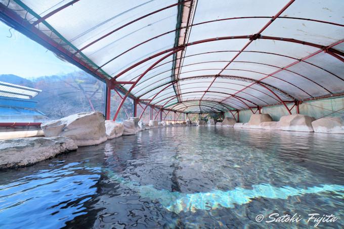 山形・湯の瀬温泉の一軒宿!「湯の瀬旅館」名物は大露天風呂と魚料理