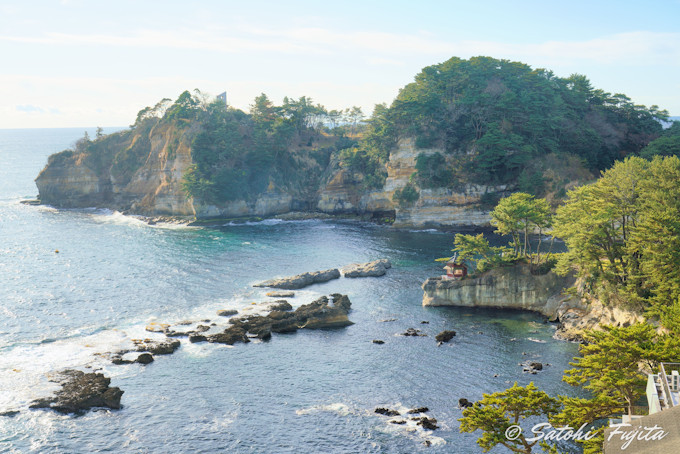 五浦海岸の絶景を館内から一望!