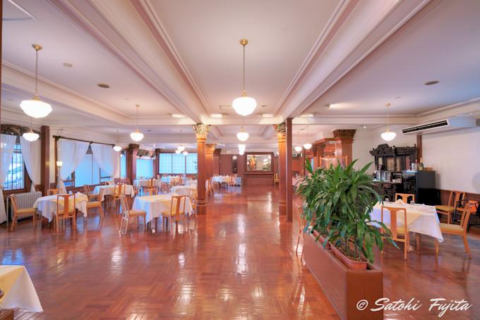 日光金谷ホテルはレストラン付近に見所多数!