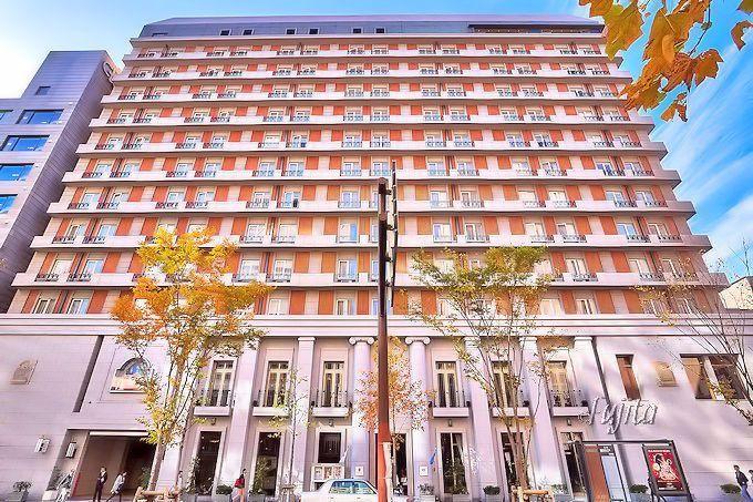 ホテルモントレ京都は、京都市中心部の巨大ホテル