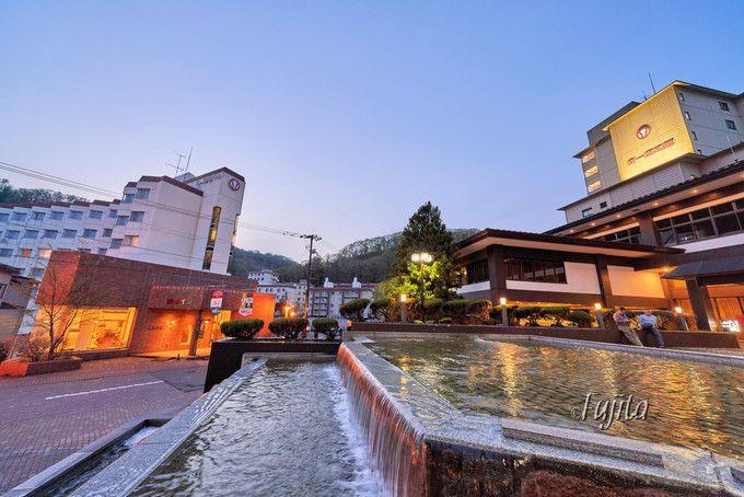 登別温泉・滝本インは第一滝本館の目前