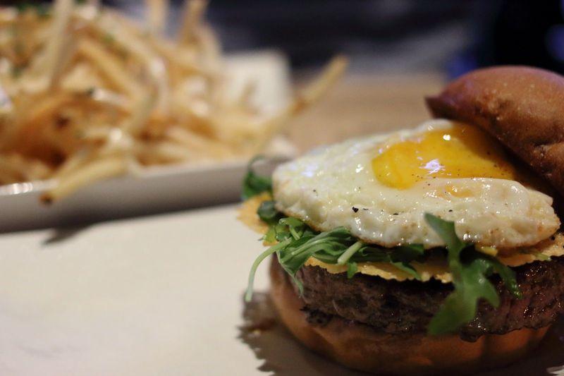 めちゃ美味!「ウマミバーガー」がアメリカで人気急上昇中!