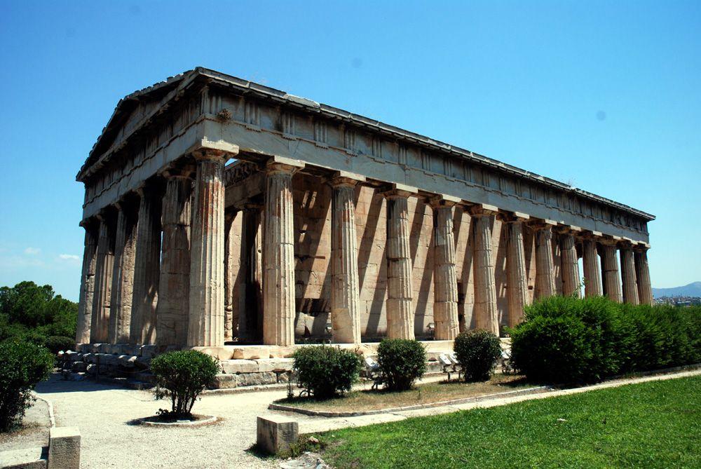 今も原形を残すヘファイトス神殿