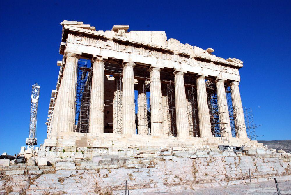 アテネの象徴、パルテノン神殿