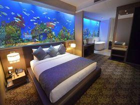 海中でぐっすり快眠!?マニラ湾に浮かぶホテルH2Oでユニークな滞在