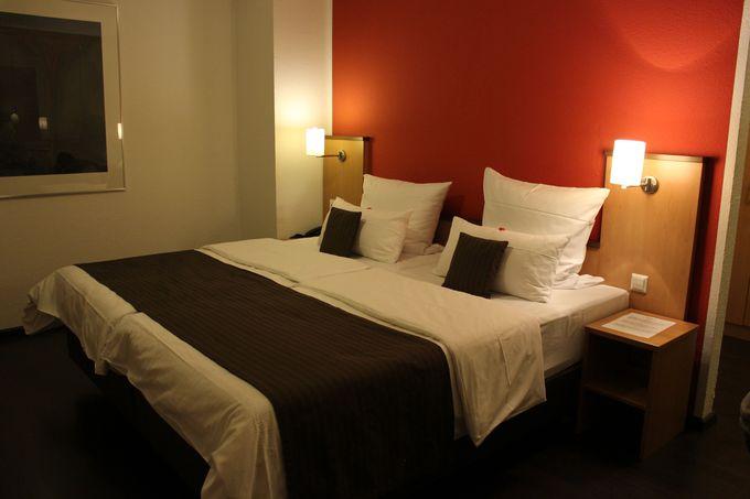 小さなホテルの豪華な客室