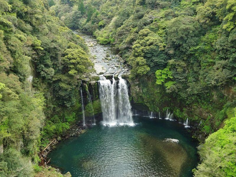 知る人ぞ知る名瀑・鹿児島大隅半島の「神川大滝」にて力強いエネルギーをもらう