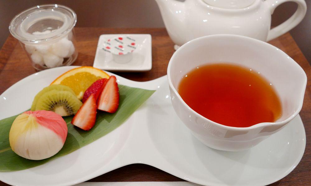 上質な緑茶用の茶葉で作った『和紅茶』は、ぜひ和菓子と一緒に!