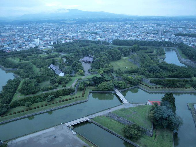 最初は「五稜郭タワー」からの全景をご覧あれ!