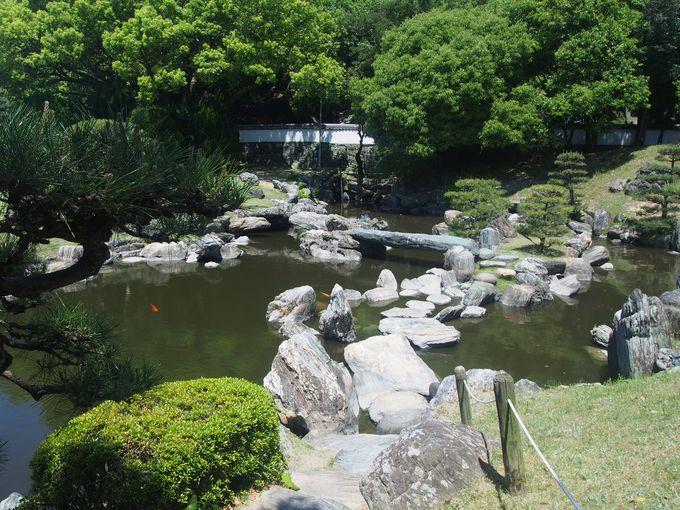 多彩な阿波青石を愛でる「旧徳島城表御殿庭園」