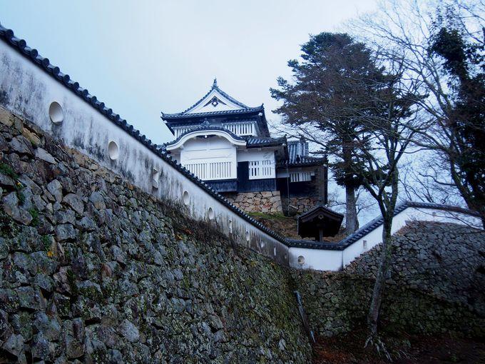 稀なる現存の近世山城「備中松山城」
