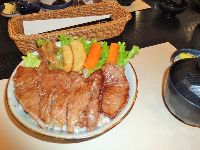『寳来亭』の松阪牛ステーキ丼