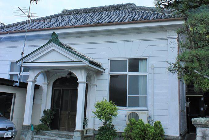 サクとアキが結婚写真を撮った松本写真館