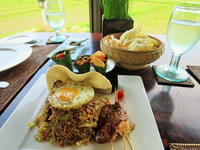 敷地内で収穫したお米やオーガニック野菜を使用