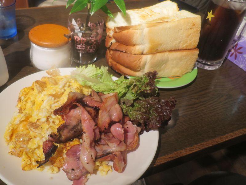 大阪「喫茶Y」で玉子10個にパン一斤のデカ盛りモーニング