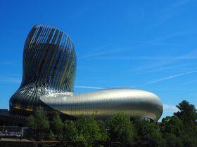 話題の新名所!ボルドーのワイン博物館「シテデュヴァン」