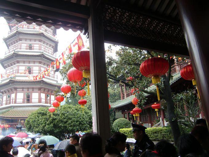 美しい「千仏塔」が見られる「六榕寺」へ!