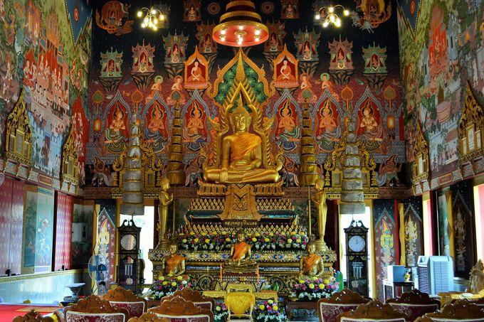 美しい寺院も