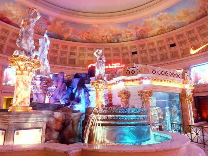 古代ローマでお買い物!?「フォーラムショップス」