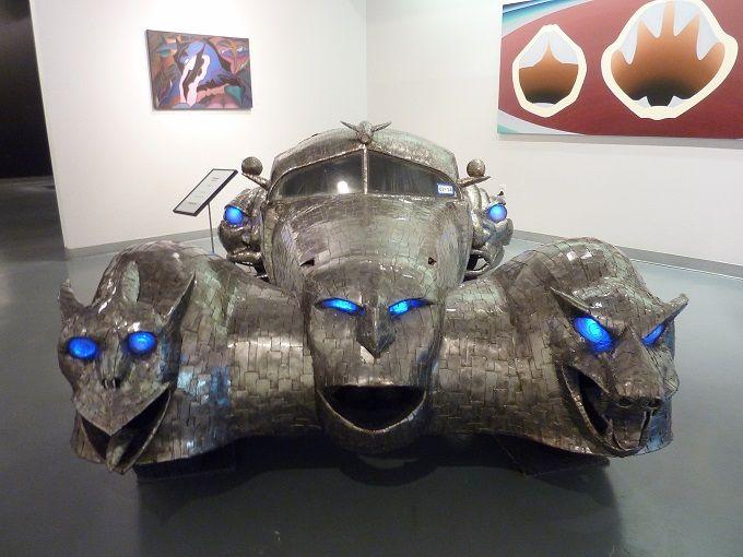 車が芸術作品に!「アートカー美術館」