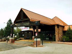 ロッキー山脈へ!コロラド州エステスパークの山小屋風ホテル「リッジライン」