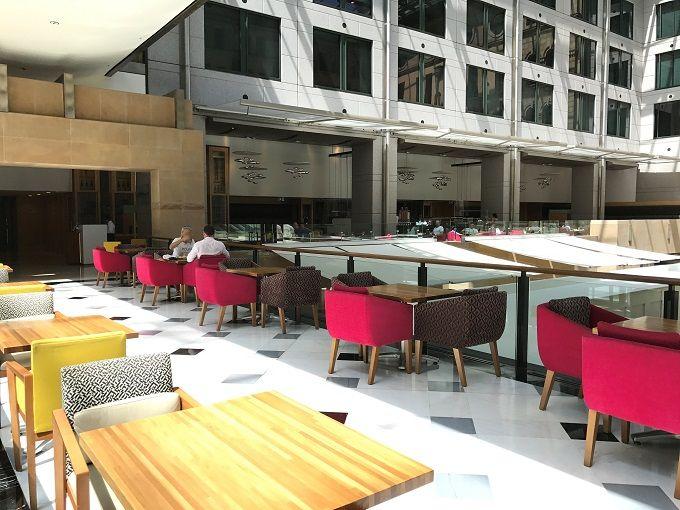 ホテル&レストラン街でオーストラリアン・グルメを食べつくせ!