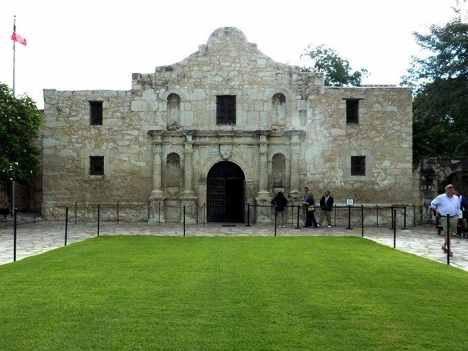 サンアントニオ「アラモの砦」はテキサスの熱い魂