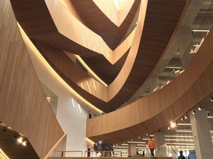 学ぶ:図書館&博物館でカルガリーの美をじっくり鑑賞