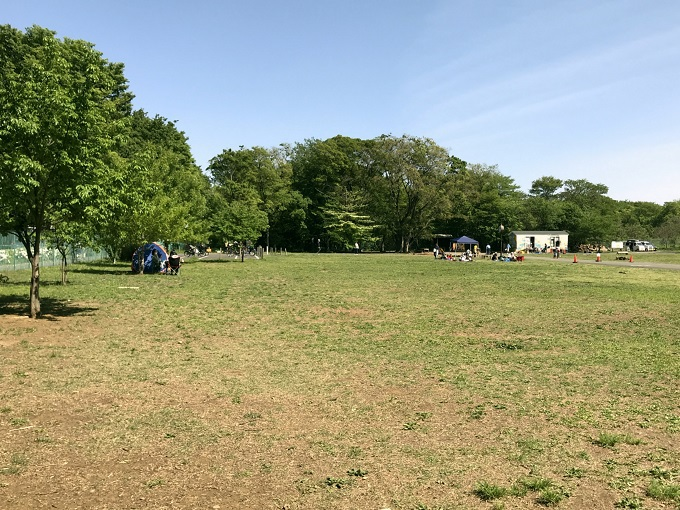 街の歴史を物語る基地跡地暫定利用広場「朝霞の森」