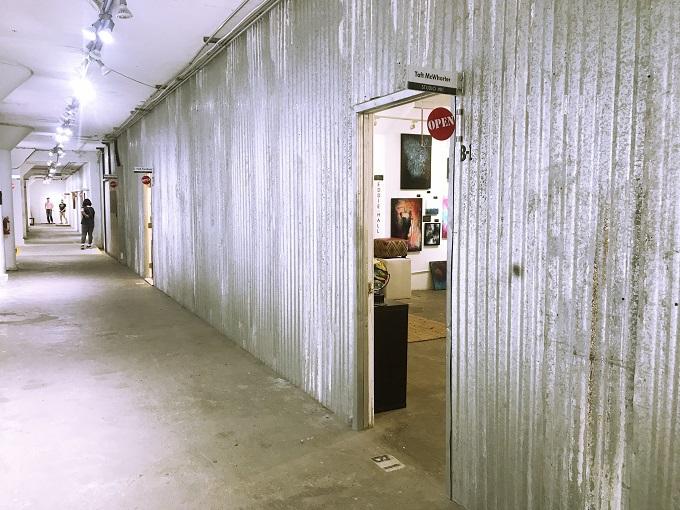 芸術家の舞台裏が垣間見られる「アトリエ見学会」