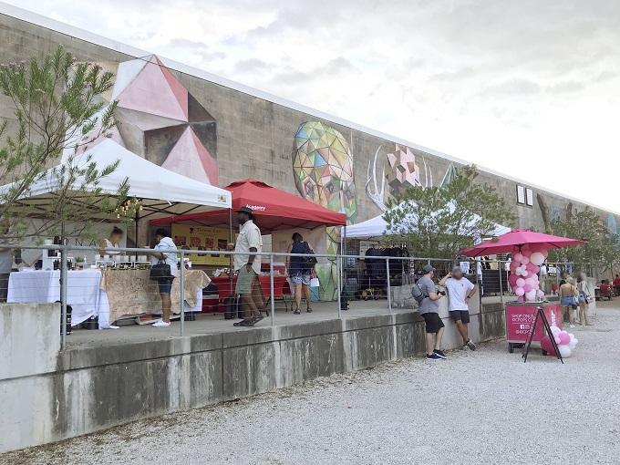 巨大芸術村「ソーヤーヤード」でアトリエ訪問しよう