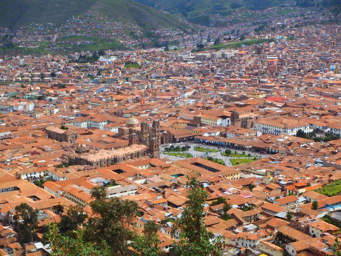 インカの都「クスコ」の見どころ紹介&マチュピチュ行きの鉄道 ...
