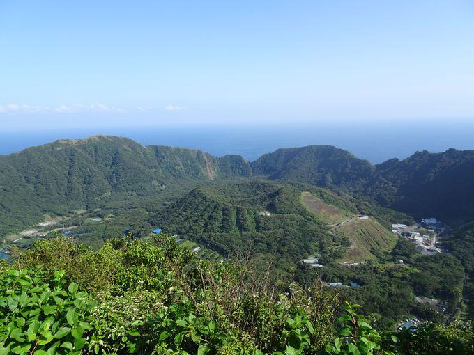 島を一望!二重カルデラの絶景