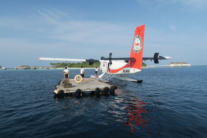 水上飛行機に乗ってリゾートへGo