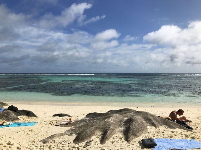 ラディーグ島No.1ビーチ「アンス・スース・ダルジャン」