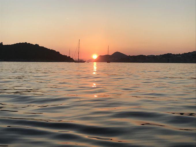 アドリア海を遊ぶ!ボートツアー