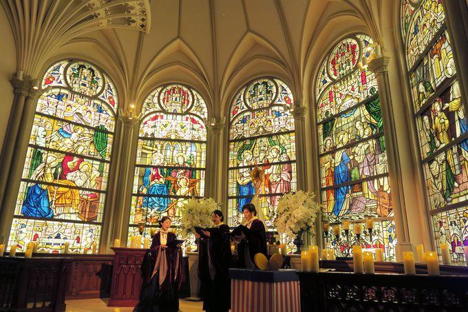 入った瞬間、クリスマスの魔法にかかる!チャペルコンサート