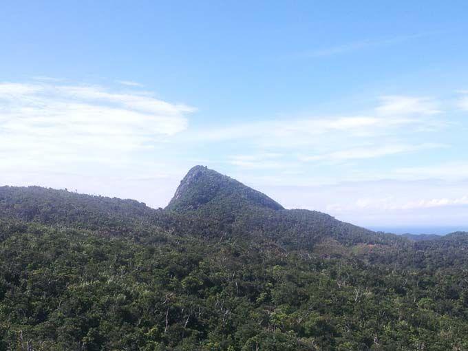 「マーペー」はとんがり山が特徴!石垣島北部のシンボルです。
