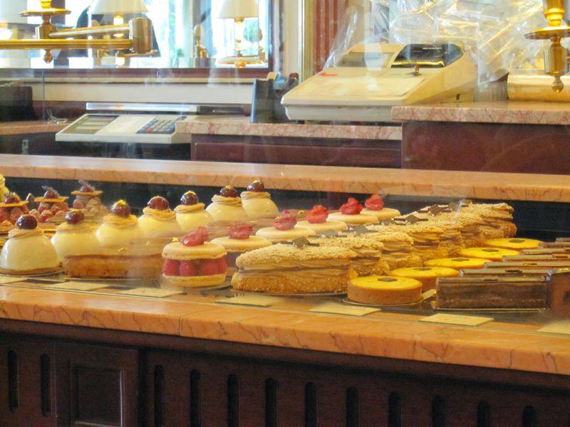 芸術的なケーキにうっとり、パリのマダム御用達「カレット」