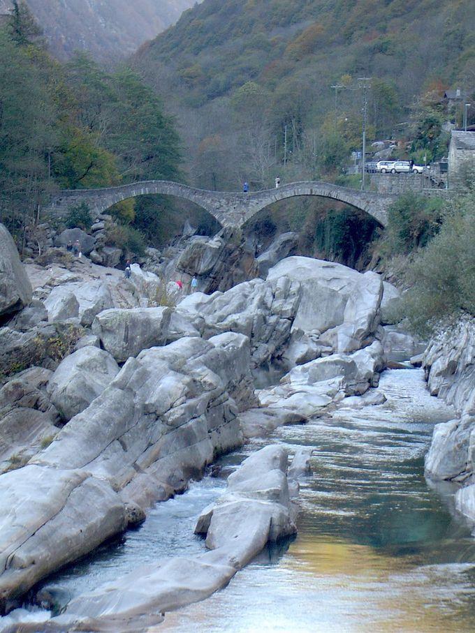 古くからあるめがね橋、ポンテ・デイ・サルティ