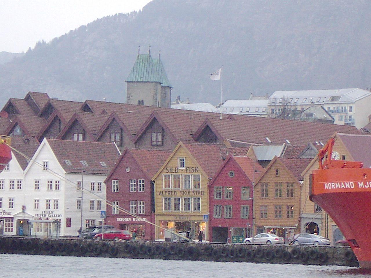 ノルウェーの世界遺産、木造建築が美しすぎるブリッゲン地区