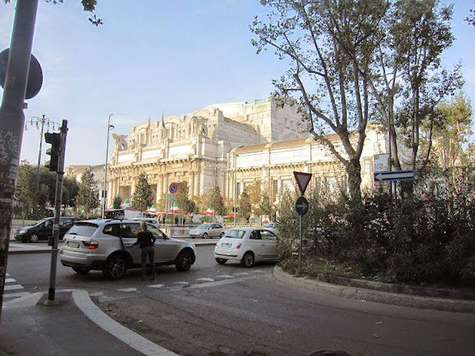 1.ミラノ鉄道中央駅