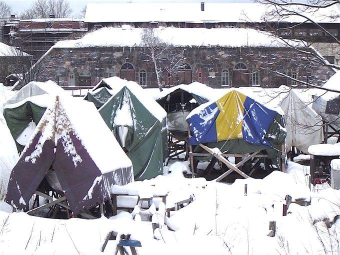 真冬の雪深いスオメリンナ要塞