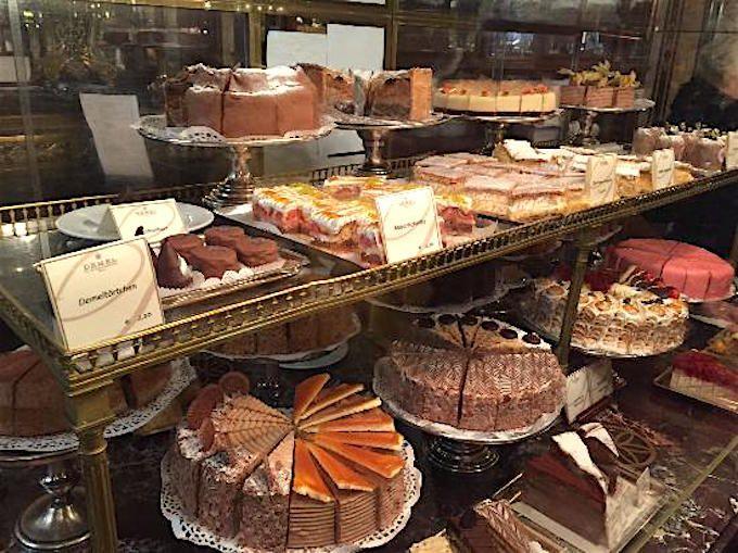 ハプスブルク家ゆかり!歴史あるウィーン名菓子店「デメル」