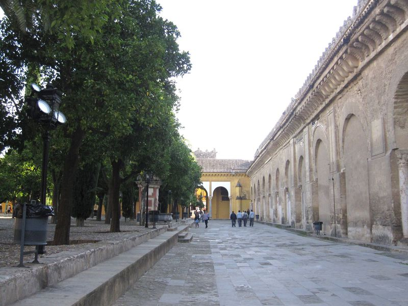 世界遺産!スペイン・コルドバのメスキータや路地裏に見る歴史の厚み